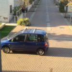 auto in via Montagnoli